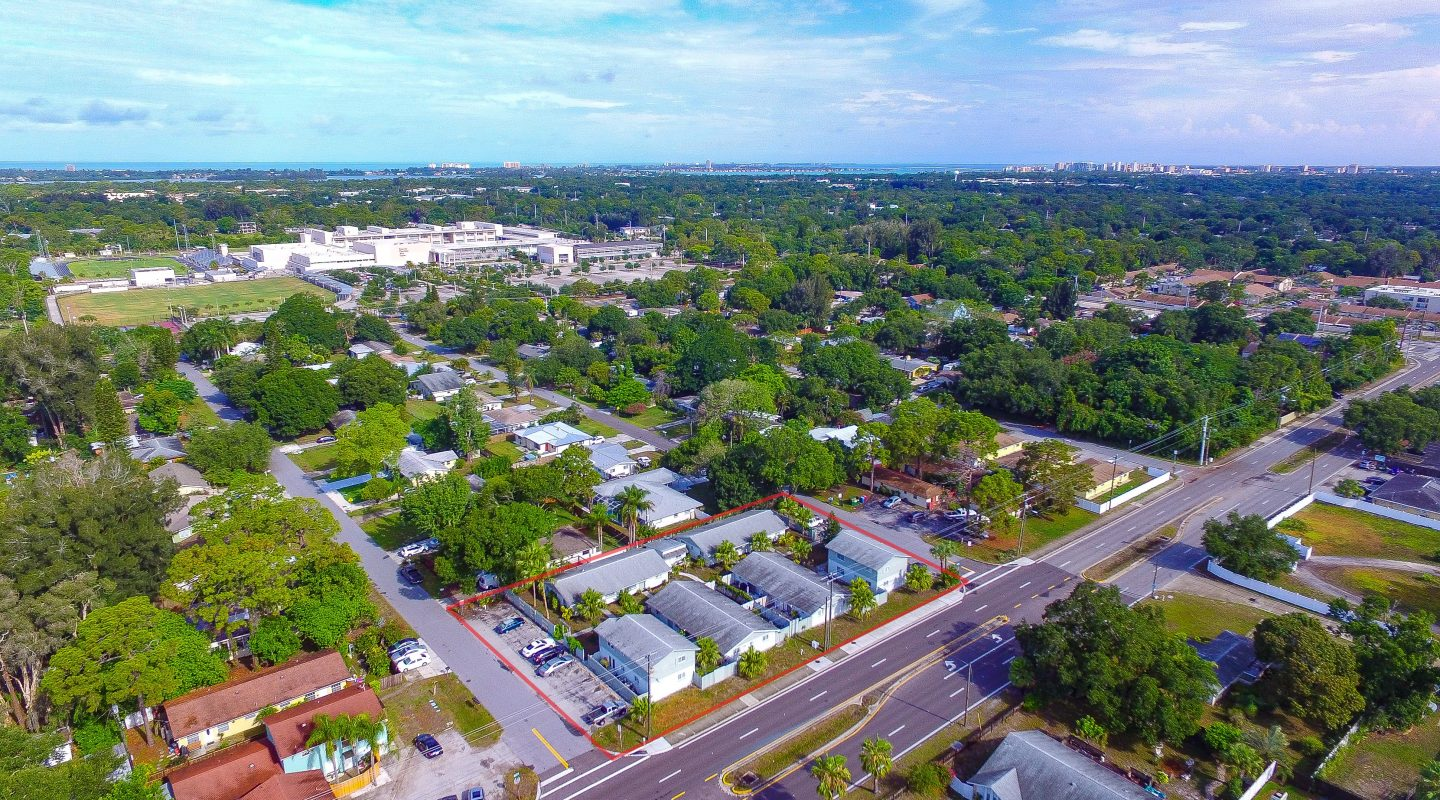 JUST SOLD! 12 Unit Apartment Building in Sarasota, FL