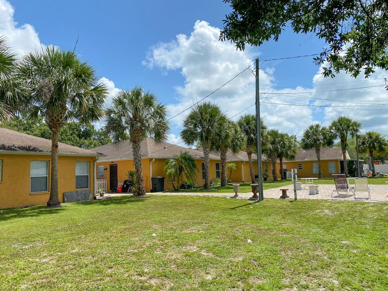 The Multifamily Firm Brokers 20-Unit Multifamily Property Sale in Sarasota